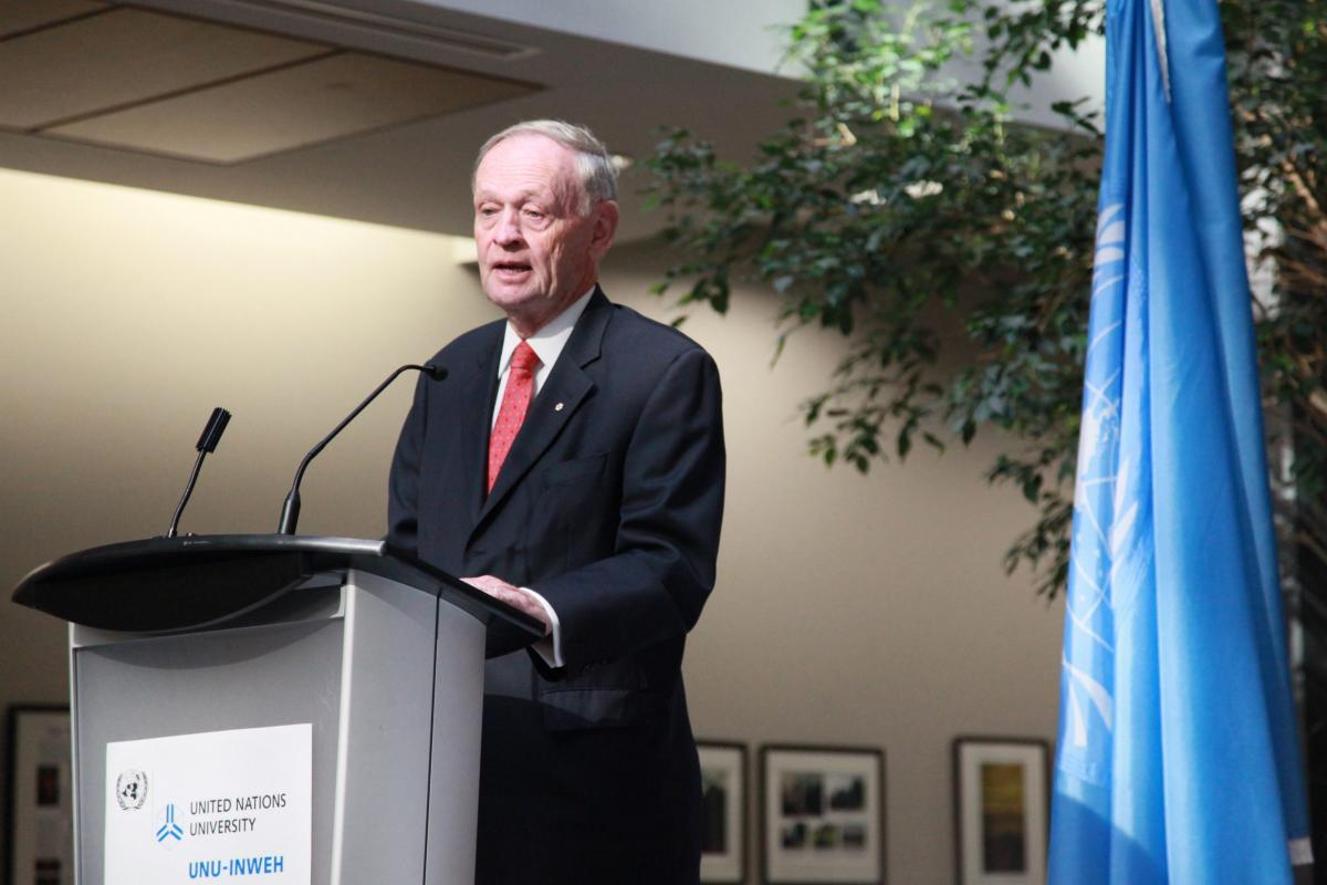 Mr. Chretien speaking at UNU book launch